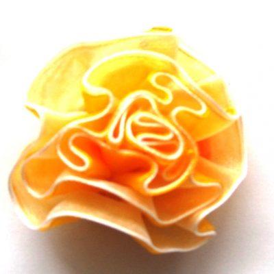 bloem slinger geel